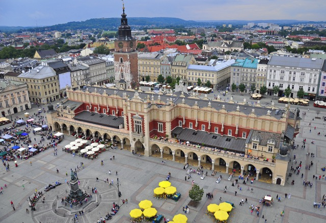 Picture-of-Krakow-Square-2-thumbnail.jpg - 135.85 kB